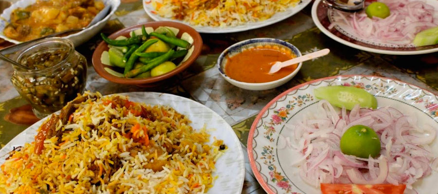 Local cuisine of Oman | Alkoor Tourism